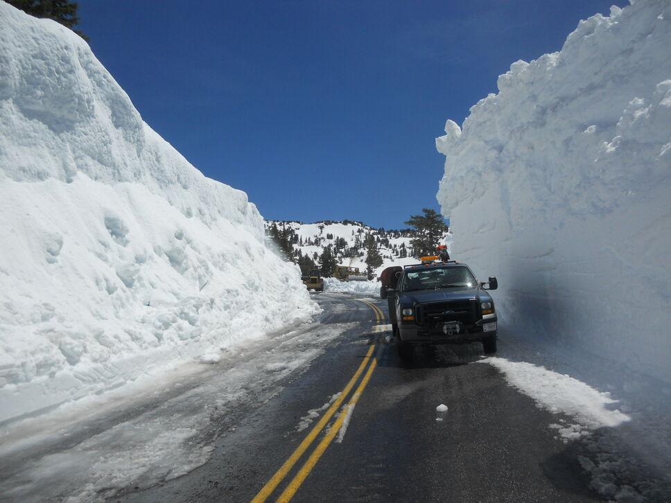 Lassen Volcanic National Park Struggling With Snow ...