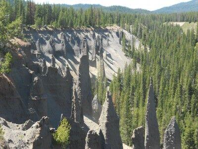 The Pinnacles Crater Lake National Park