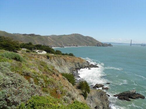 Point Bonita lighthouse trail start